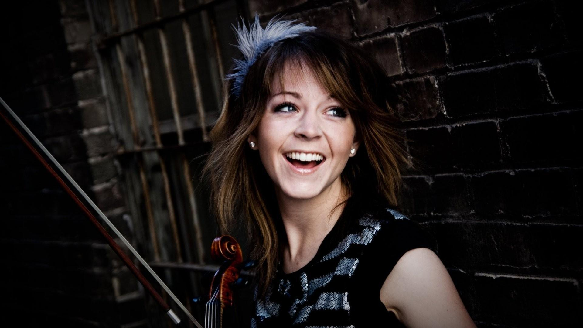 Do you like Lindsey Stirling?