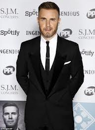 who is a better singer Justin Bieber or Gary Barlow