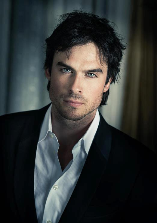 HOT vampire Damon Salvatore