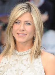 blonde hair (Jennifer Aniston)