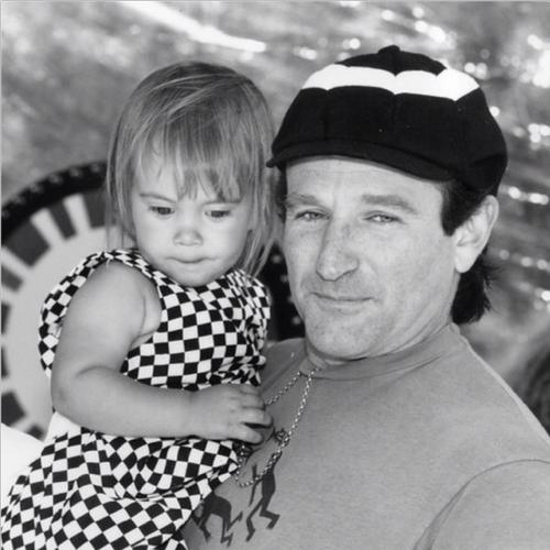 Friends and Fans React to Robin Williams' Death