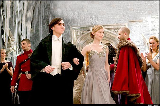 How you got your yule ball date