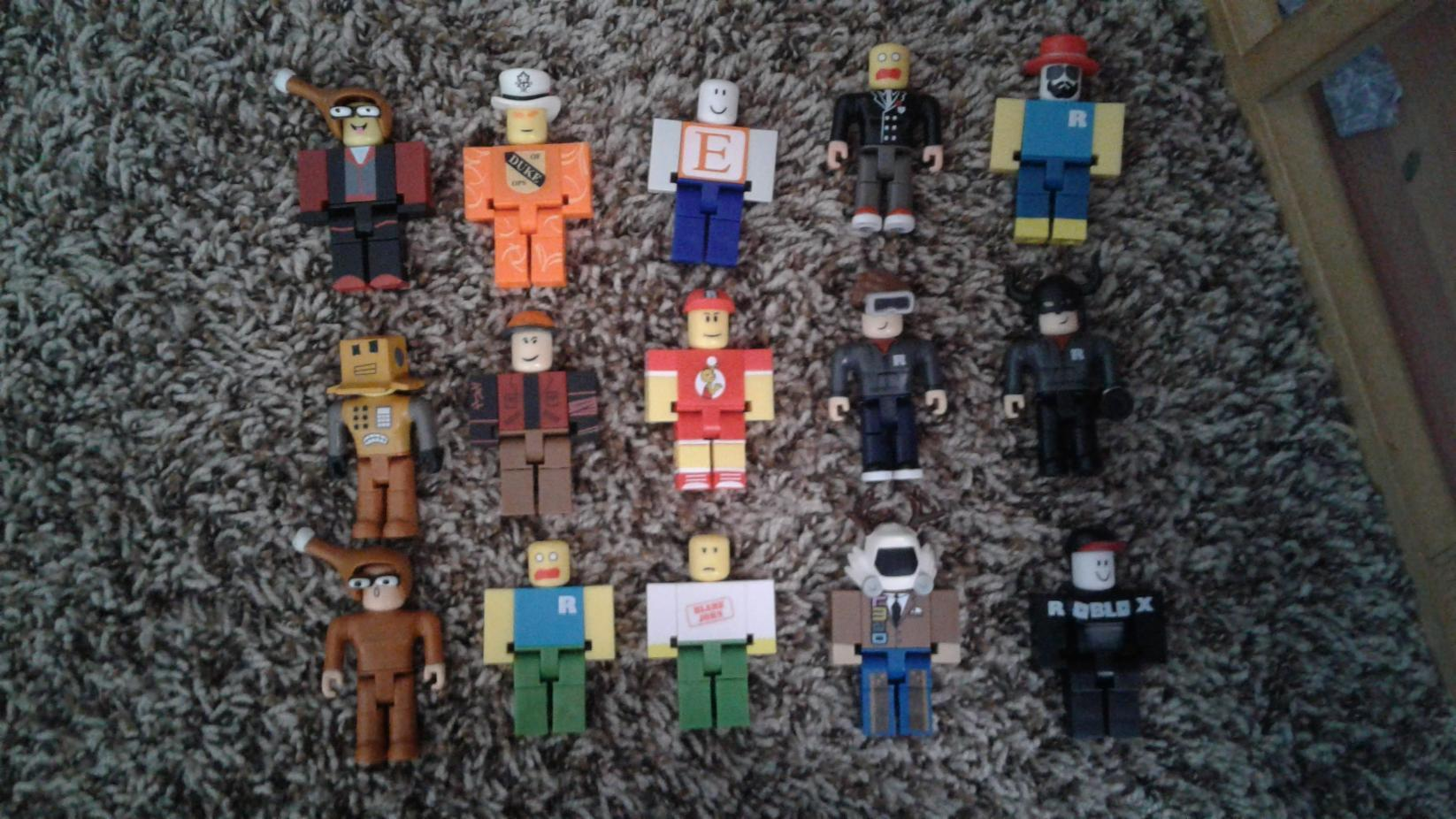 Which of my Roblox figures are you?