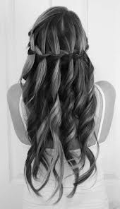 hows a cute way to wear your hair <3