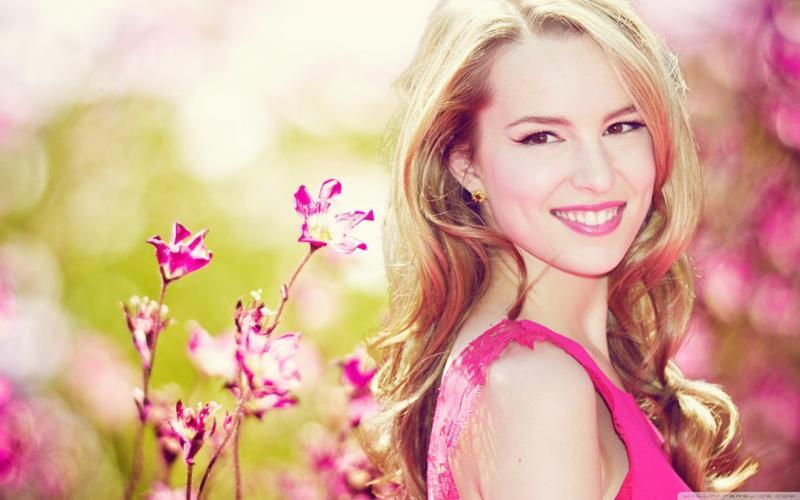 how well do you know Bridgit Mendler?
