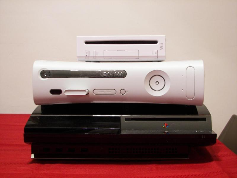 The Console War: XBOX360, PS3, WII