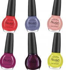 What Nail polish Should U wear to a party?