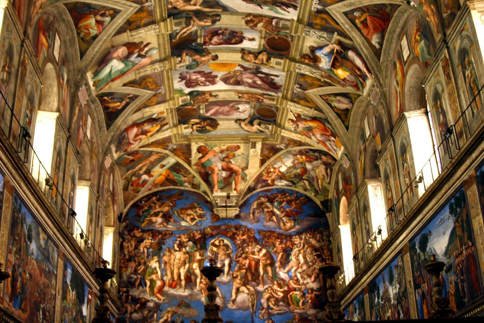 Who painted the famous mural on the Sistine Chapel ceiling?