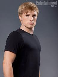 Who plays Peeta Mellark?