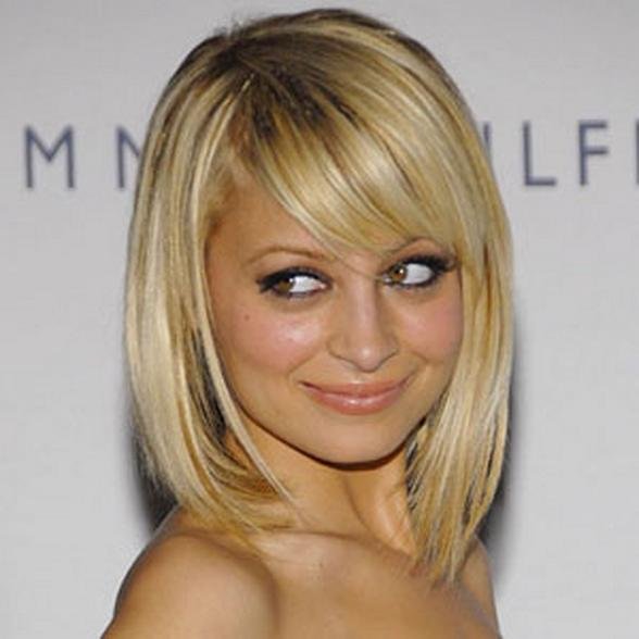 """I think aliens built the pyramids, and I think either them, or their heads are shaped like pyramids. That's how we'll know when they return.""                      -Nicole Richie"