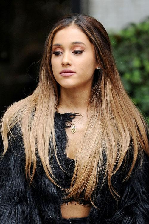 Is Ariana's hair naturally curly?  (Be honest with answers please)