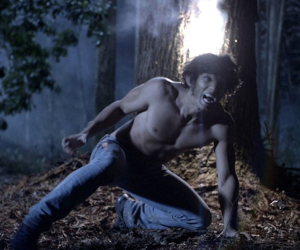 What did Scott see on the ground in the woods in Season 1 Episode 1
