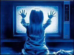 Who played Carol Anne's sister Dana in Poltergeist?