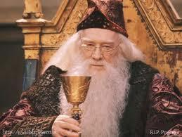 WHICH WELL KNOWN BRITISH ACTOR PLAYED ALBUS DUMBLEDORE IN THE FIRST TWO FILMS OF HARRY POTTER?