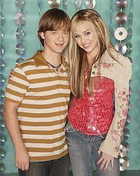 what was the name of hanna's/miley's brother