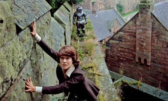 What is the alien Sarah Jane Smith  encountered in her first appearence, The Time Warrior?