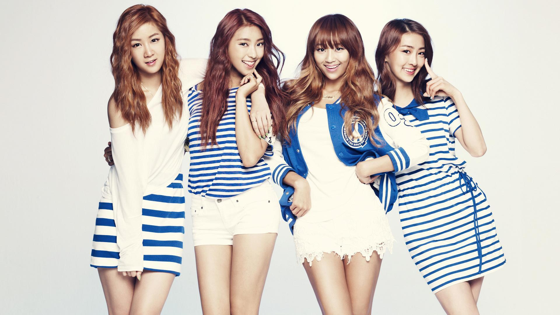Who is the leader of Sistar?