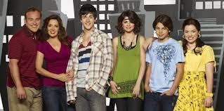 Select all that apply: what are Selena's 'brothers' (co stars) called on wowp?