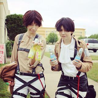 Do u ship Levi and Eren!?(I know it's skyfly productions)
