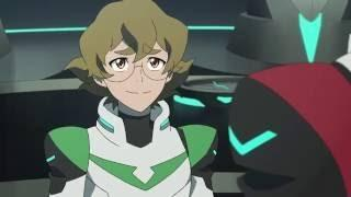 what secret did everyone discover about pidge in season 1?