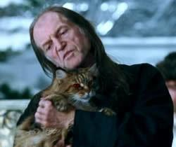 What is FIlch's cat's name?
