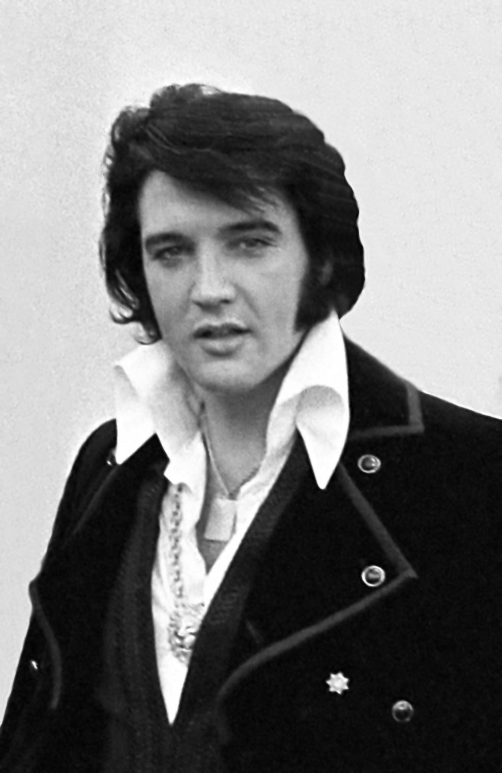 What musical genre was Elvis Presley from ?