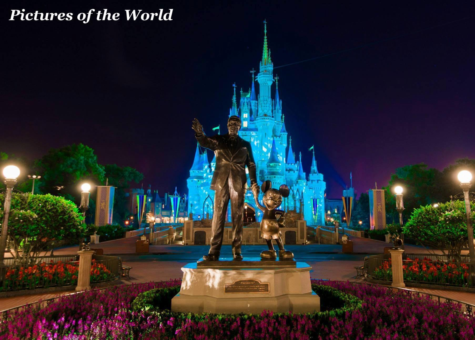 What was Disneyworld originally going to be named?