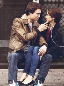 Where did Hazel and Augustus kiss for a long time?
