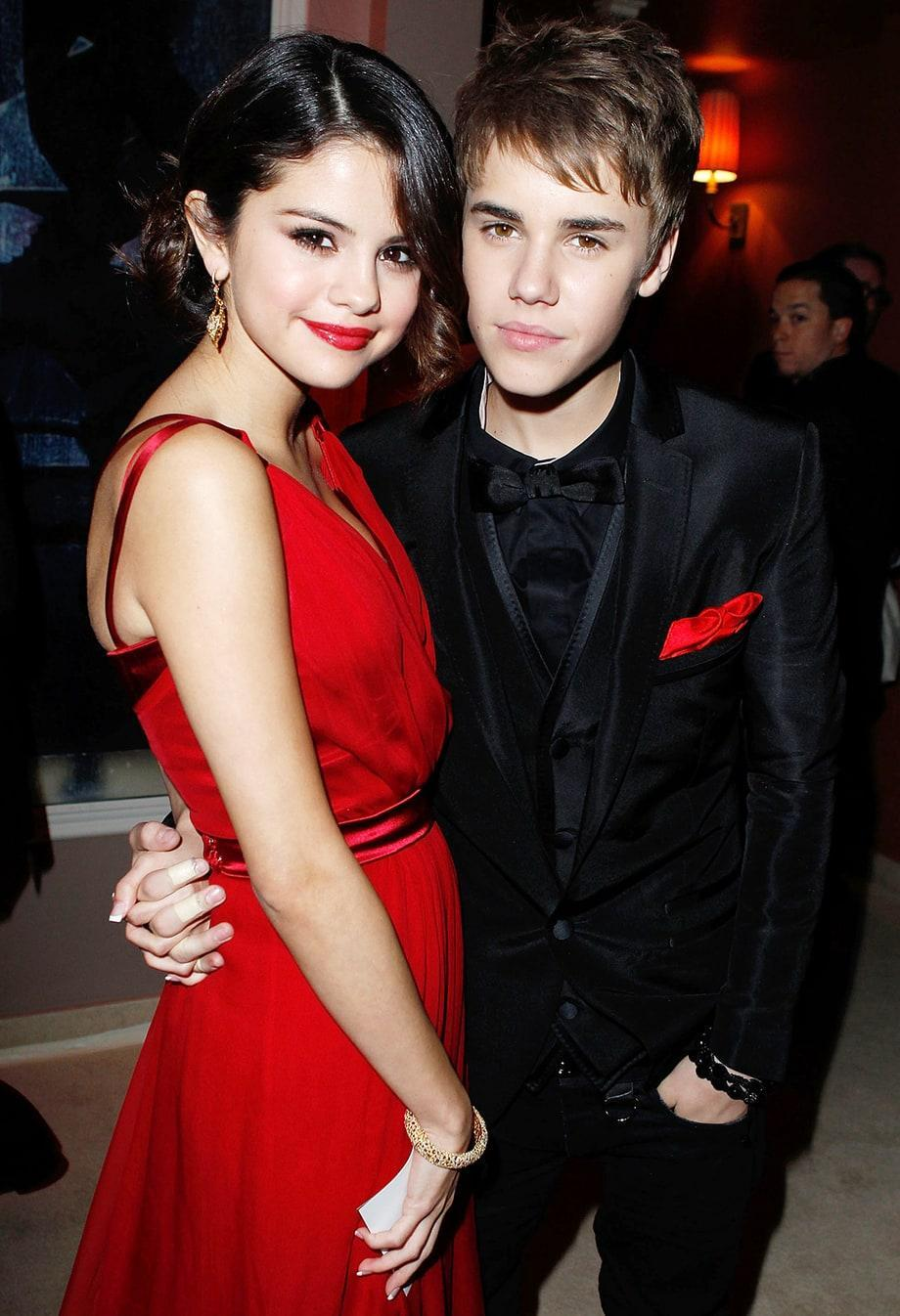 Who is Selena's previous boyfriend in the picture