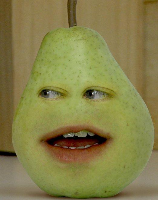 what does pear say on the annoying orange's first video