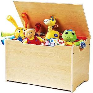 Who is famously known as the Toy Box killer?