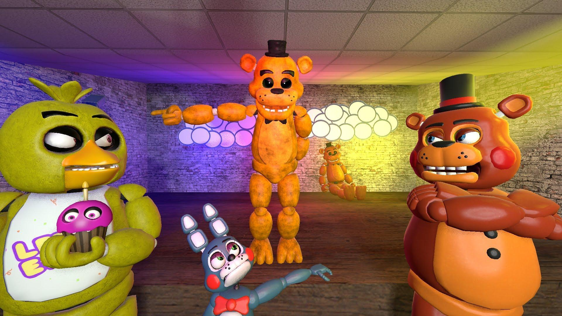 In the sfm Assistant. Who is the last animatronic talking with Freddy for help?