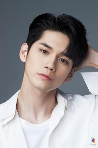 What's Ong Seongwoo's real ig?