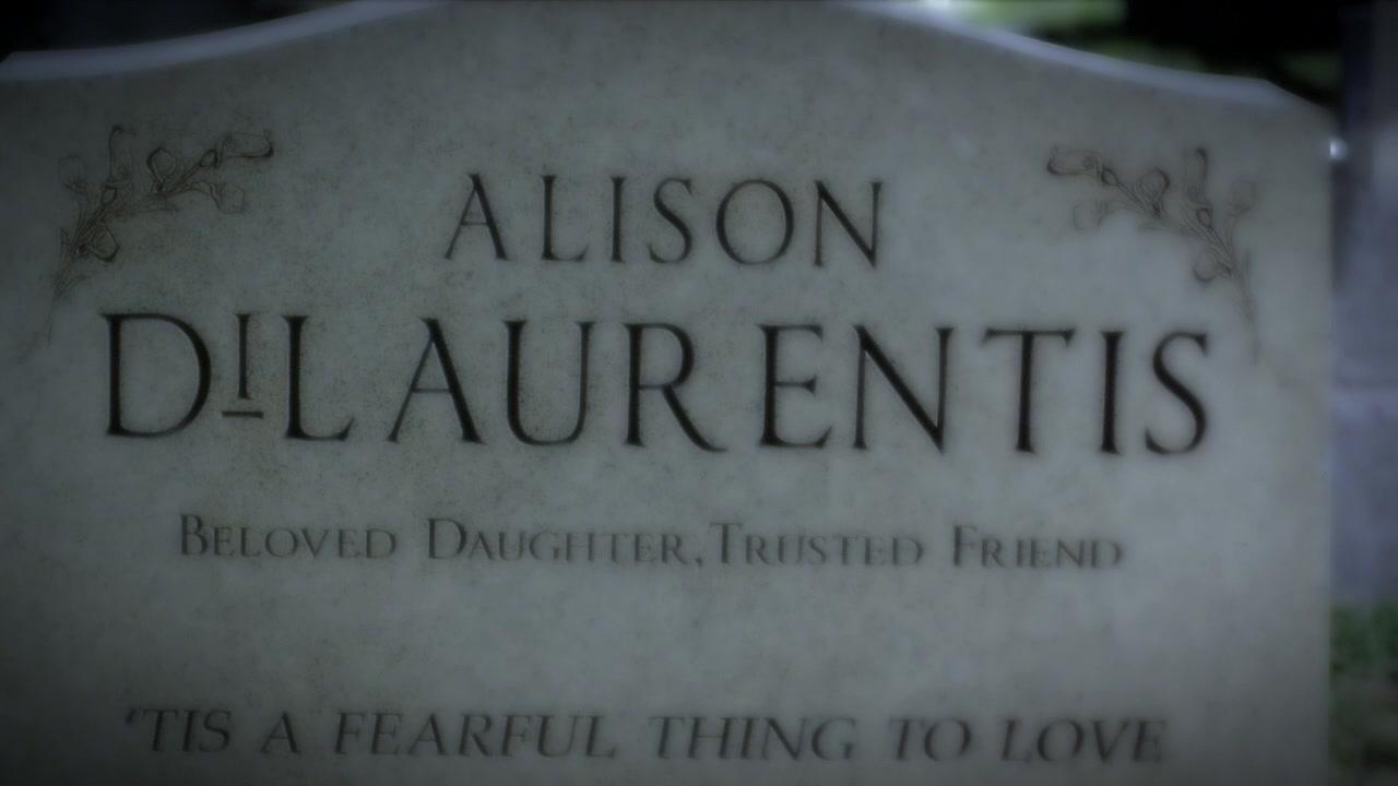 What holiday did Alison DiLaurentis die on?