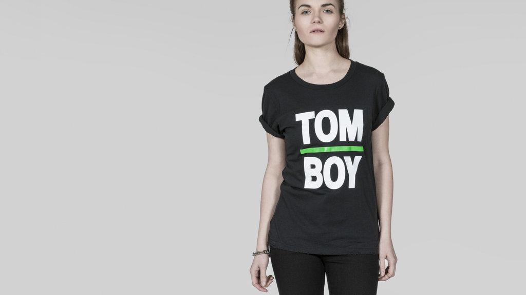 are you tomboy girly or boy