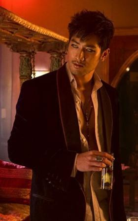 What is the name of the Vampire who is Magnus' ex-lover (Capital letter needed)