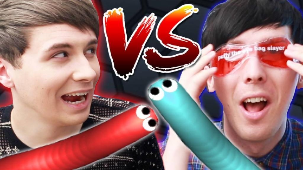 DAN VS. PHIL - SLITHER.IO