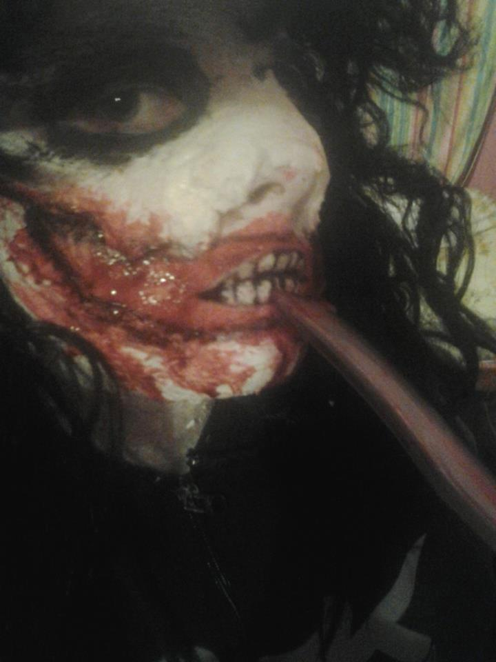 "What do you guys think of my ""jeff the killer"" cosplay i made?"